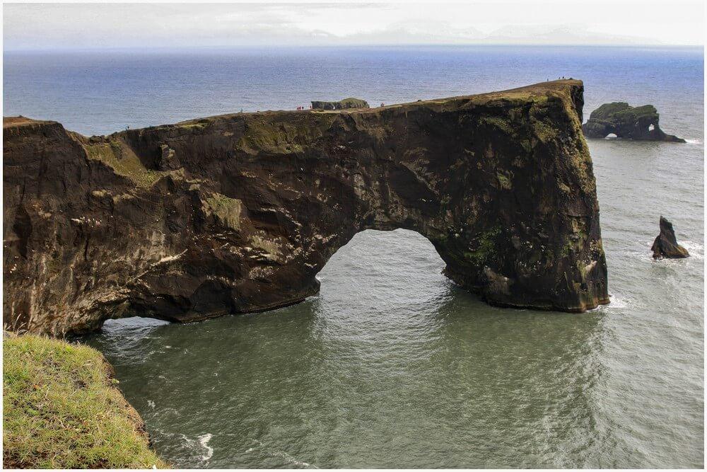 Der gewaltige Arch bei Kap Dyrhólaey