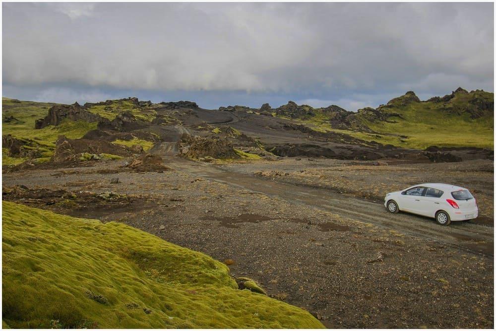 Unterwegs nach Þakgil kommt man sich teilweise vor wie in einer Mondlandschaft