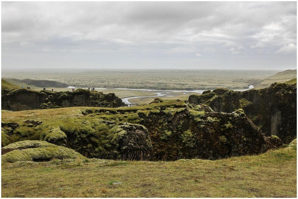 Fjaðrárgljúfur ... Menschenauflauf ;-)