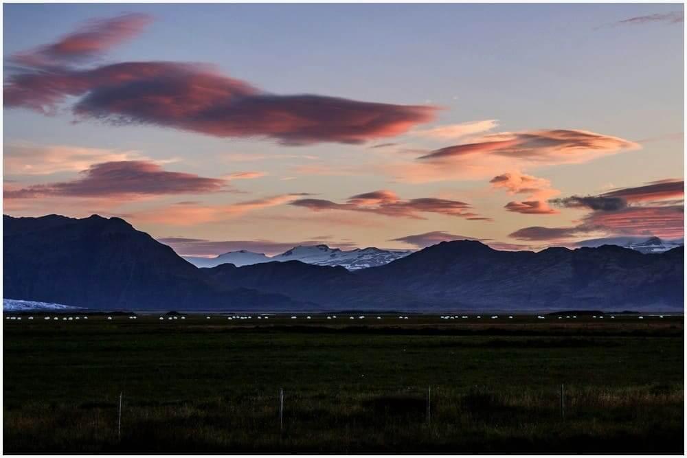 Was für ein Wolkenspiel zum Sonnenaufgang
