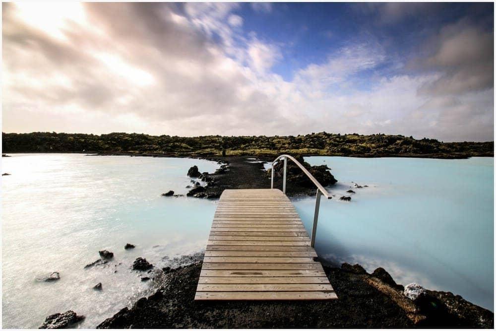 Der Außenbereich der Blauen Lagune ist für Jedermann frei zugänglich