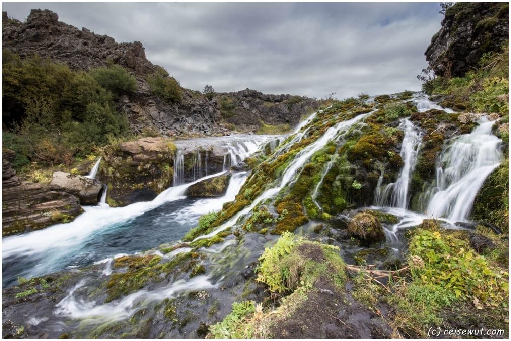 Reykjanesbaer – Gjain – Seljalandsfoss – Gljúfrabúi – Dyrhólaey