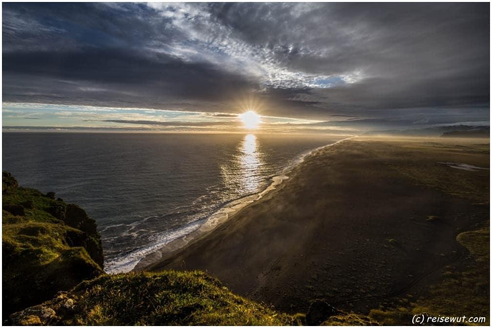 Sonnenuntergang oben am Kap Dyrholaey