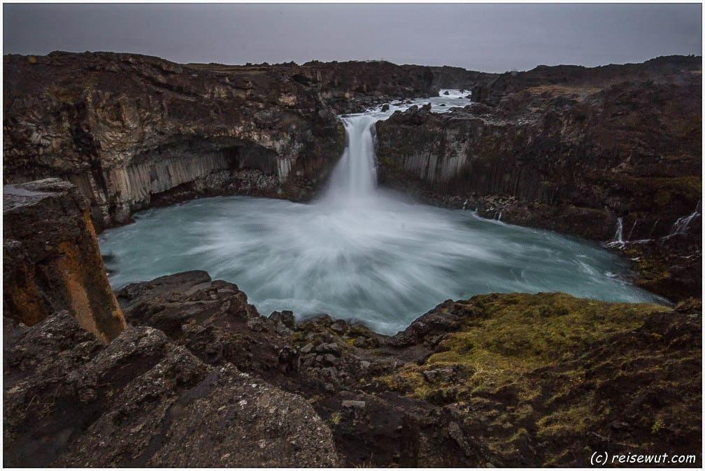 Aldeyjarfoss via Dettifoss – Viti – Goðafoss