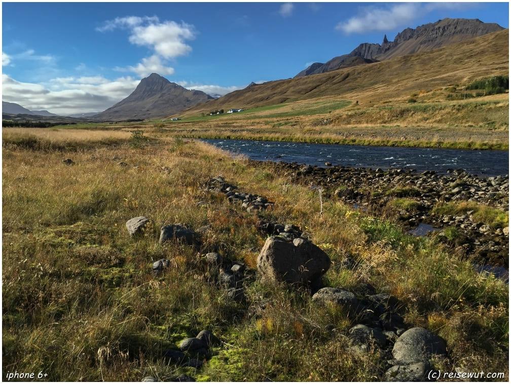 Entlang der Ringstraße im Norden Islands