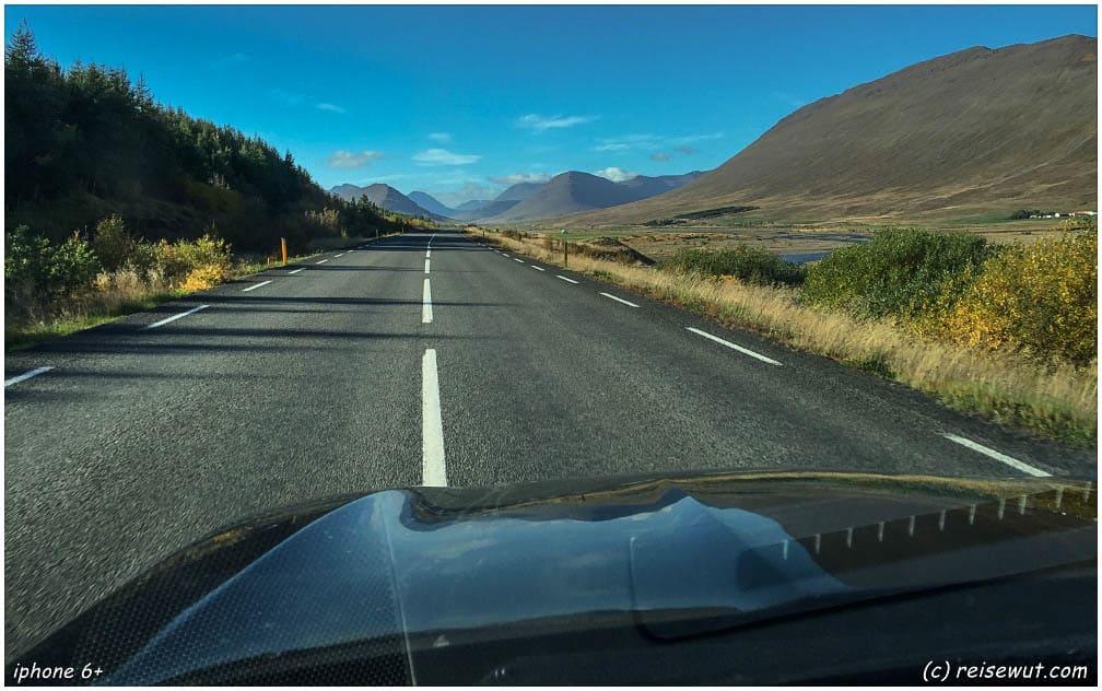 Ringstraße im Norden Islands