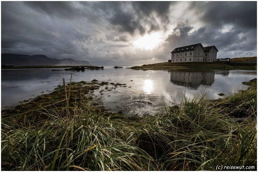 Hotel Budir und ein spiegelglattes Meer