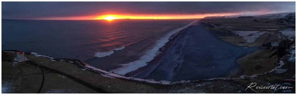 Dyrholaey Sonnenuntergang aus der Luft