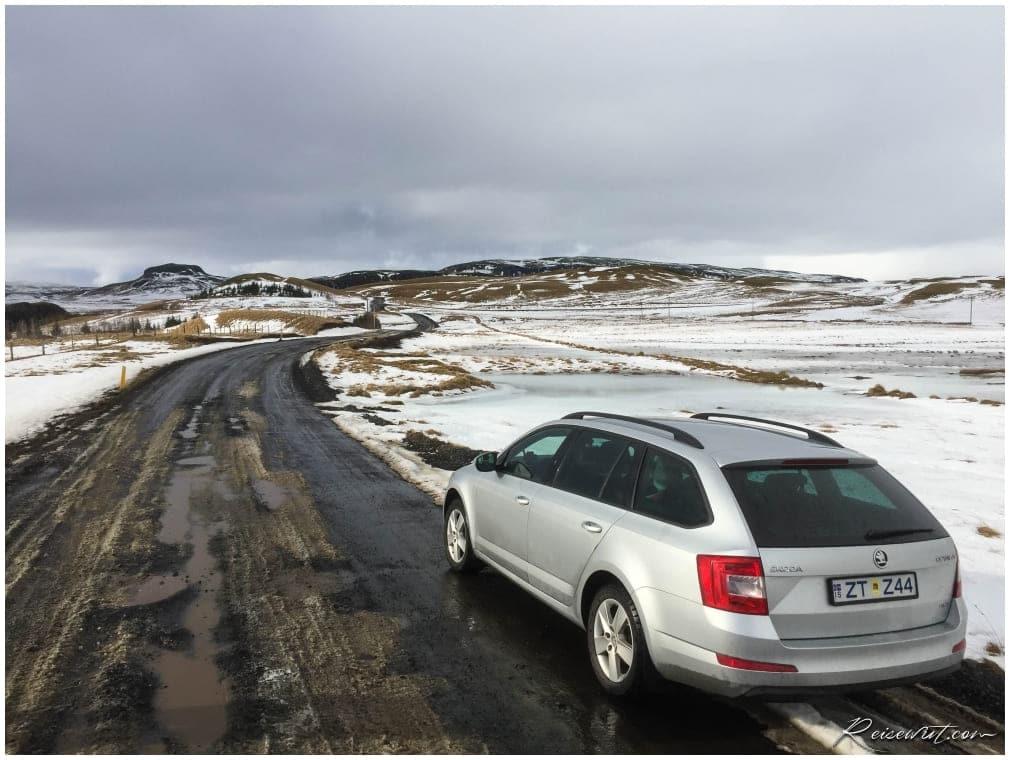 Anfahrt Fjadrargljufur im Winter
