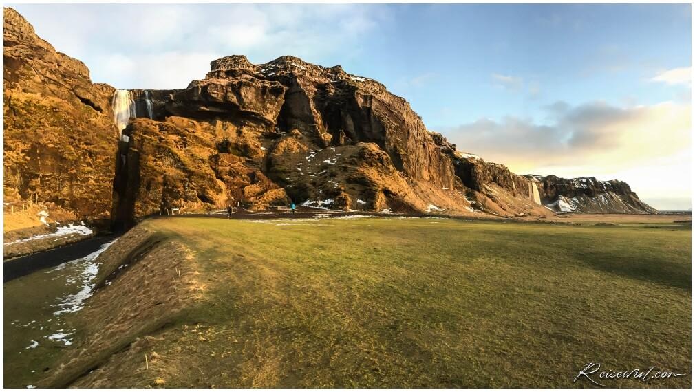 Gljufrubui und Seljalandsfoss Panorama