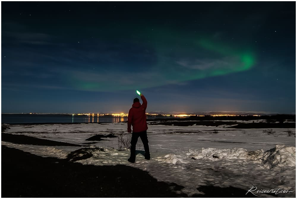 Lightpainting the Aurora