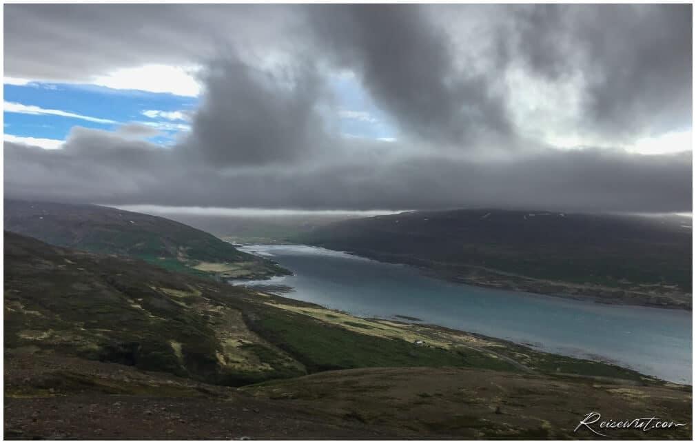Die ersten paar Kilometer in den Westfjorden erfüllen schon mal die hohen Erwartungen