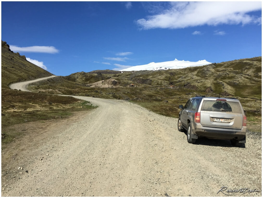 Gravel Road nach oben zum Snaefellsjökull