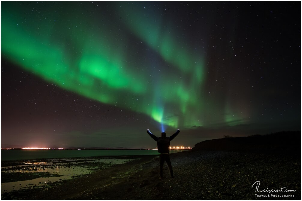 So macht Polarlichter fotografieren Spass. Hier in Borgarnes in Island, aufgenommen im März 2017
