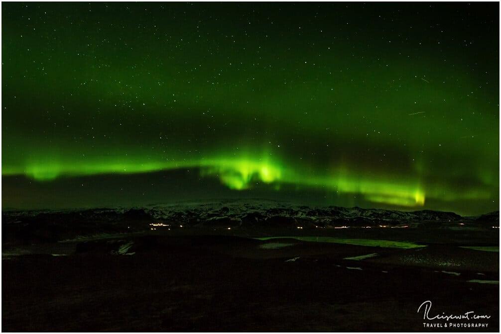 Polarlichter Vik i Myrdal von Dyrholaey aus gesehen
