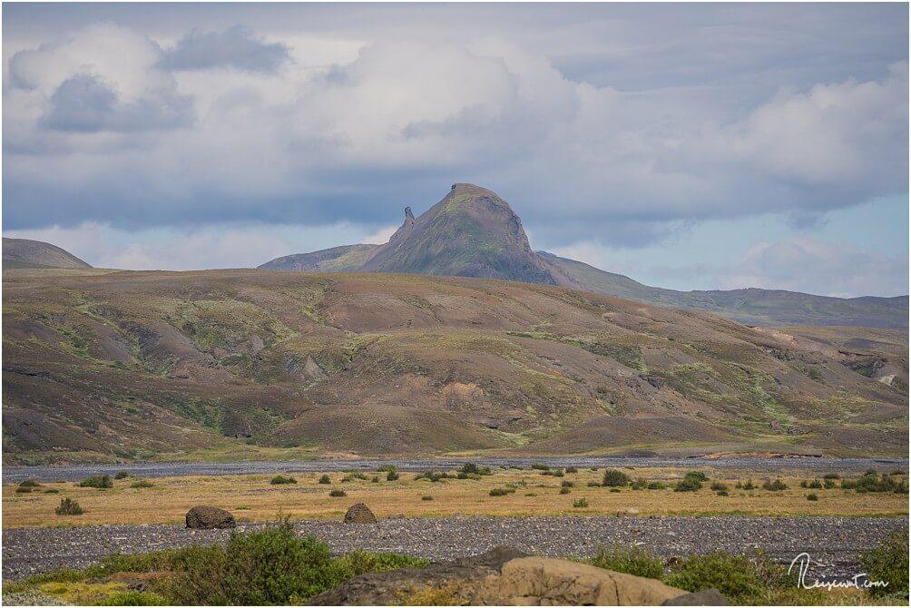 Der 651 Meter hohe Einhyrningur, der mit seiner markanten Form an ein Einhorn erinnern soll