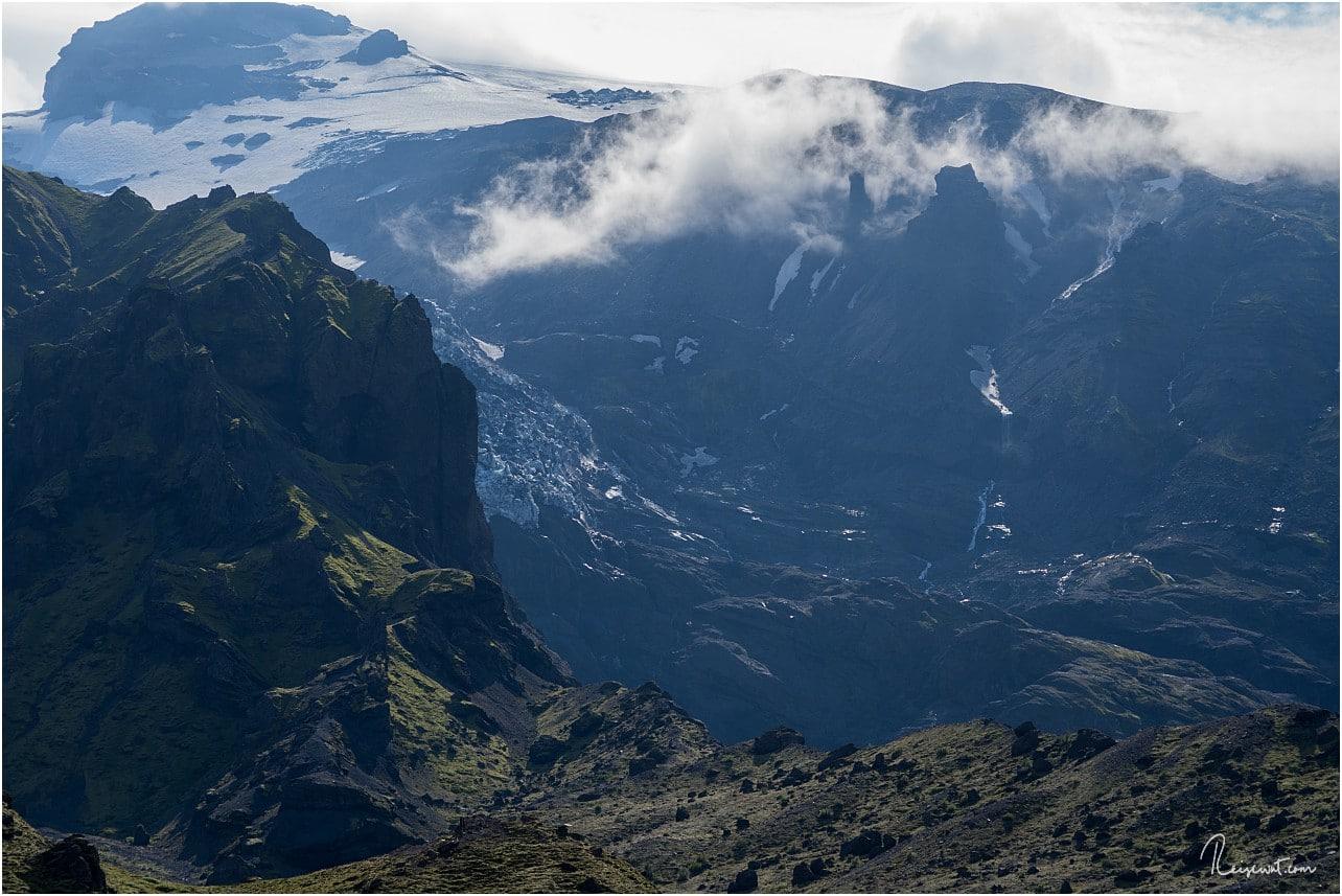 Der eher unscheinbare Tindfjallajoekull Gletscher sorgt für mächtig Schmelzwasser