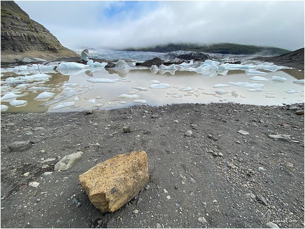 """Heute besuchen wir nur den """"Strand"""" am Ende der Lagune, den Gang zum Gletscher klemmen wir uns"""
