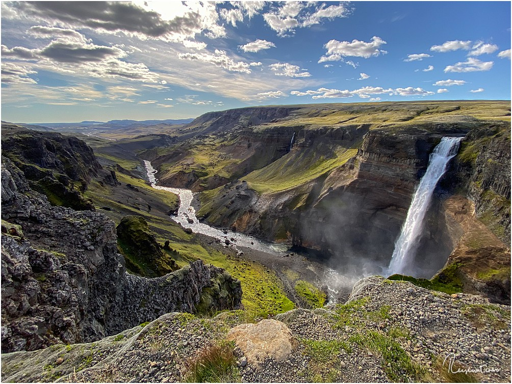 Beeindruckender Wasserfall bei beeindruckendem Wetter