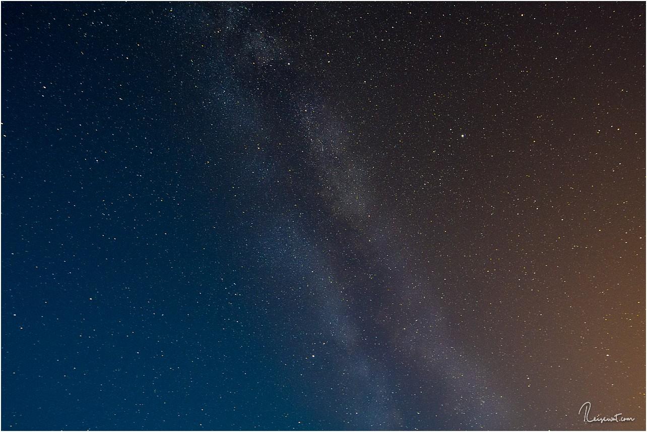 Wenn es schon keine oder kaum Polarlichter gibt, muss halt die Milchstraße dran glauben