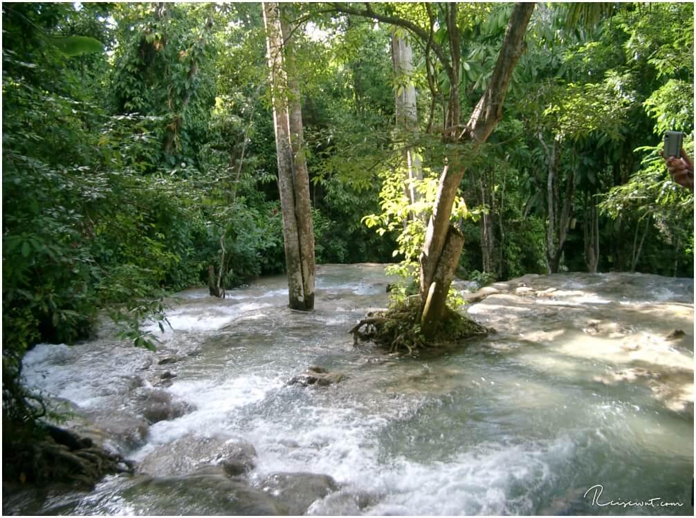 SO leer können die Dunns River Falls sein