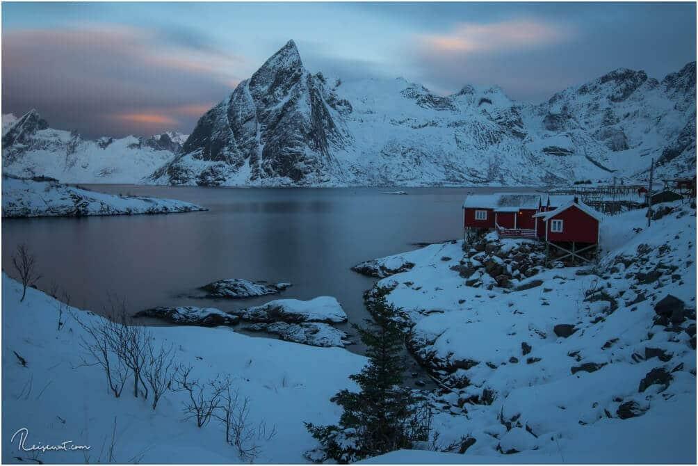 Eine etwas andere Perspektive vom Resort Eliassen, aufgenommen, kurz vor Sonnenaufgang mit 70s Belichtungszeit.