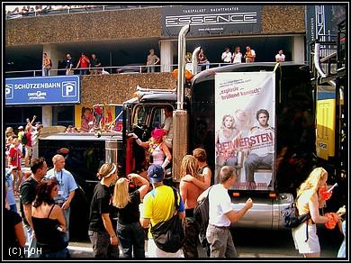 Loveparade 2007 - Float Nr.21: Ami-Truck