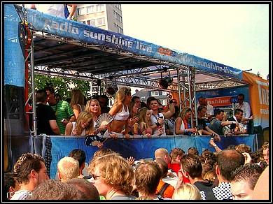 Loveparade 2007 - Sunshine LIVE Float
