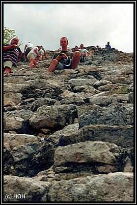 Die Stufen der Pyramide in Coba sind schon recht abenteurlich