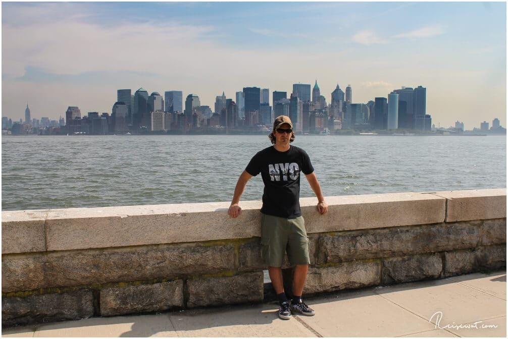 Auch auf die südliche Skyline von Manhattan hat man einen tollen Blick von Liberty Island aus