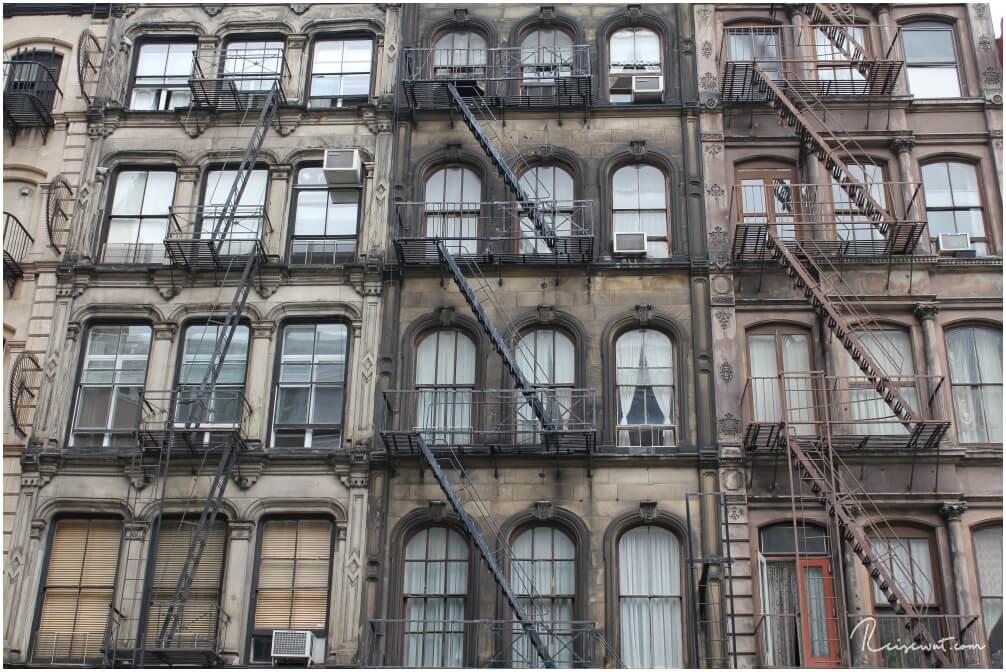 Die Häuserfassaden in SoHo haben trotz ihres doch eher gesetzten Alters nichts von Ihrer Faszination verloren