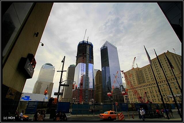 Gound Zero mit dem im Bau befindlichen Freedom Tower