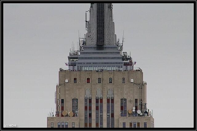 Zoom auf die Besucherplattform des Empire State Buildings
