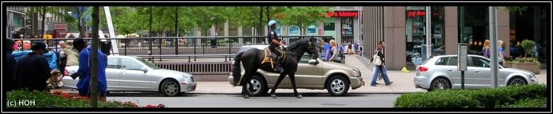 Berittene Polizei mitten im Manhattan