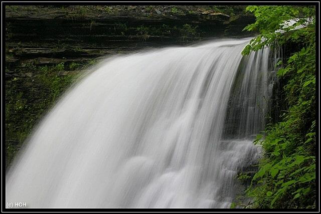 Die Sturzkante der Lower Falls