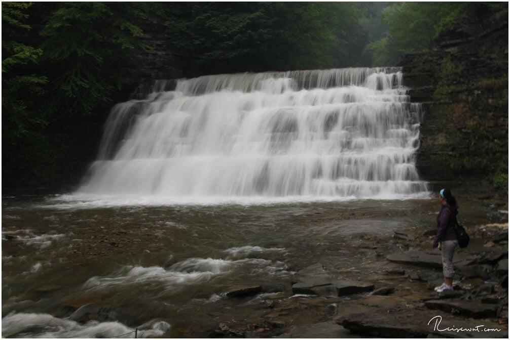 Nur einer der vielen Wasserfälle im wunderschönen Stony Brook State Park