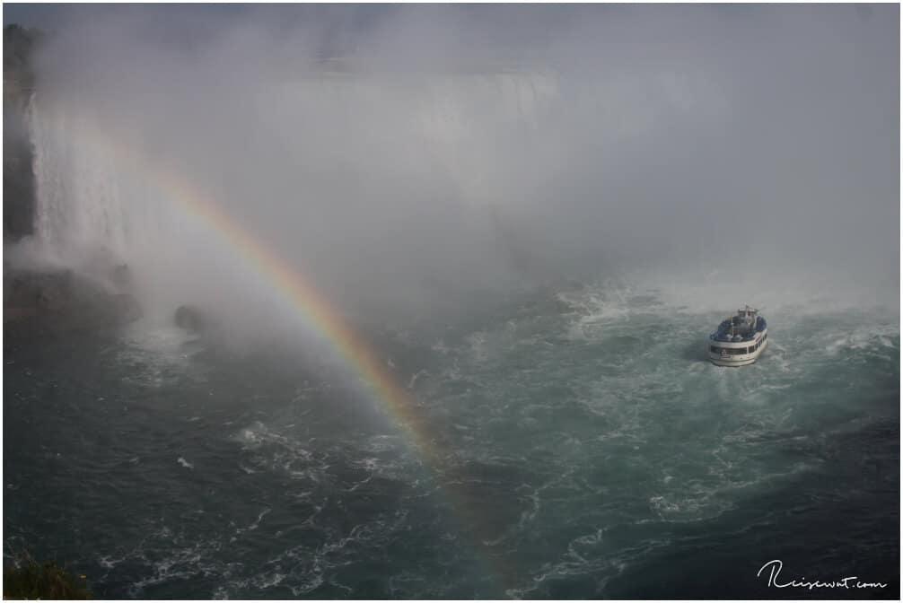 Eine Fahrt mit der Maid of the Mist gehört an den Niagarafällen einfach mit dazu