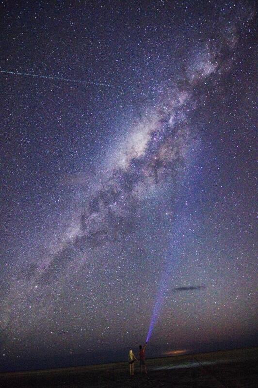 Der Sternenhimmel über dem australischen Outback in der Kimberley Region