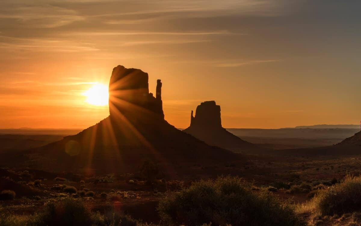 Sonnenaufgang im Monument Valley. Ein magischer Moment! Dafür lohnt sich das frühe aufstehen