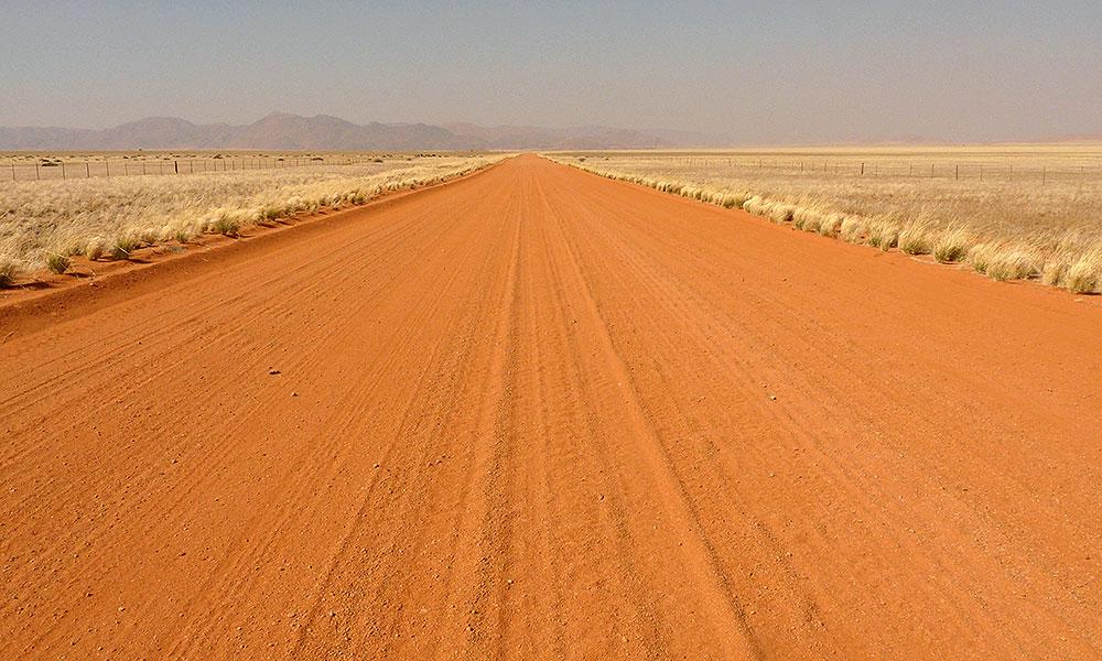 Namibia gehört zu meinen Top-3-Lieblingsländern. Vor allem die roten Sanddünen in der Namibwüste fand ich sehr beeindruckend.