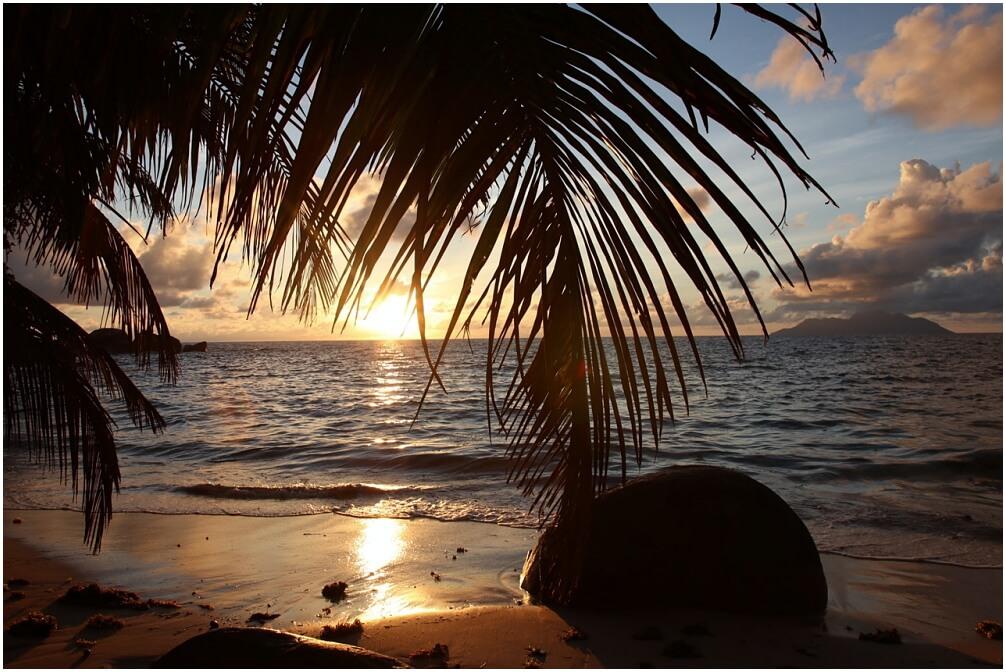 Toller Sonnenuntergang in Norden von Mahé, Seychellen