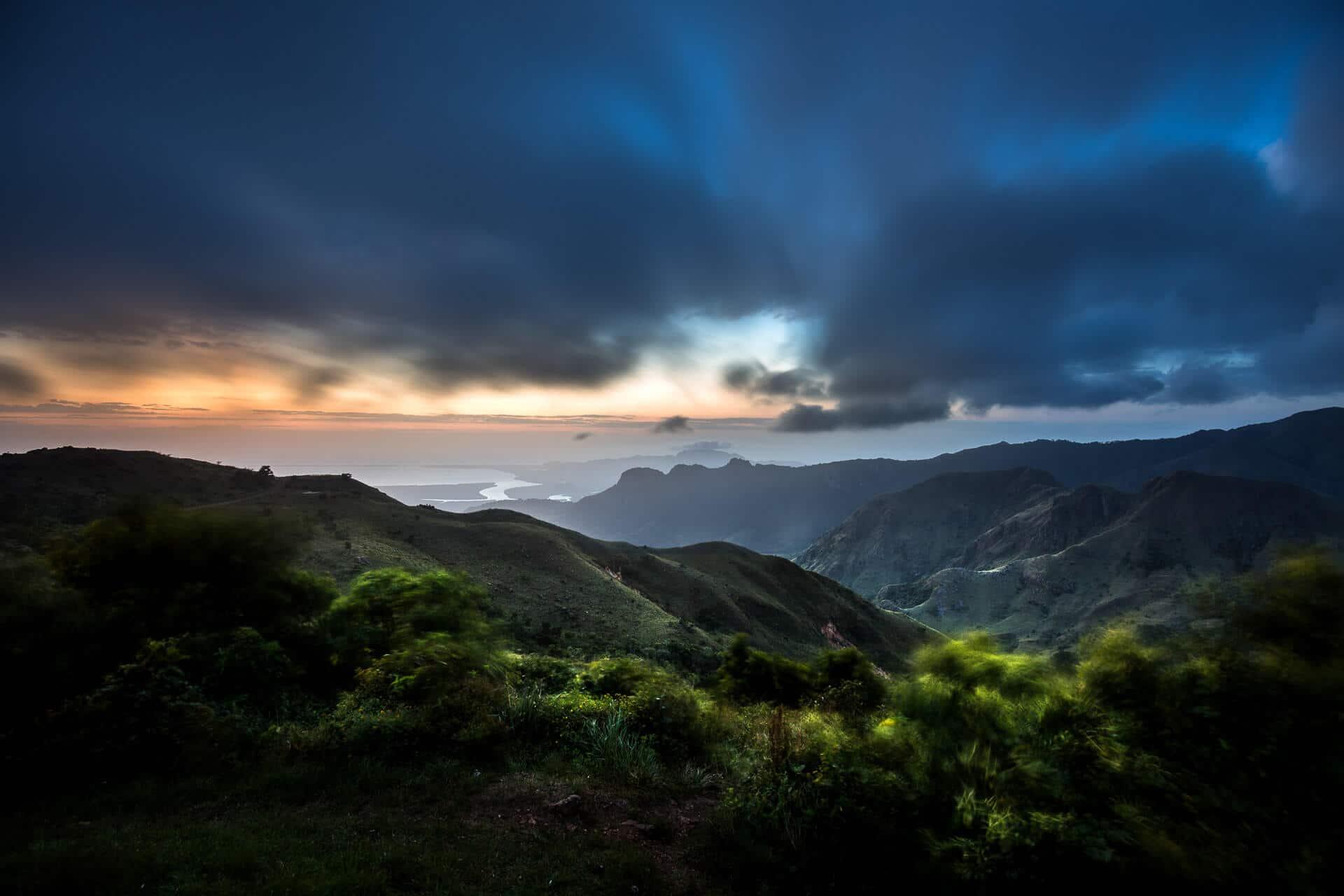 Ein stürmischer Morgen in Panama, Licht und Wetter zaubern tolle Farben und eine magische Stimmung