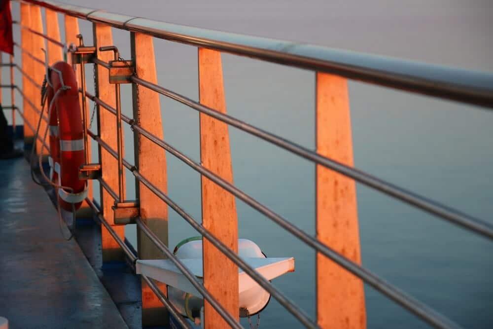 Fährromantik - Sonnenuntergang auf der Fähre von Baie Comeau nach Matane (Gaspesié) - Freiheitsgefühle pur