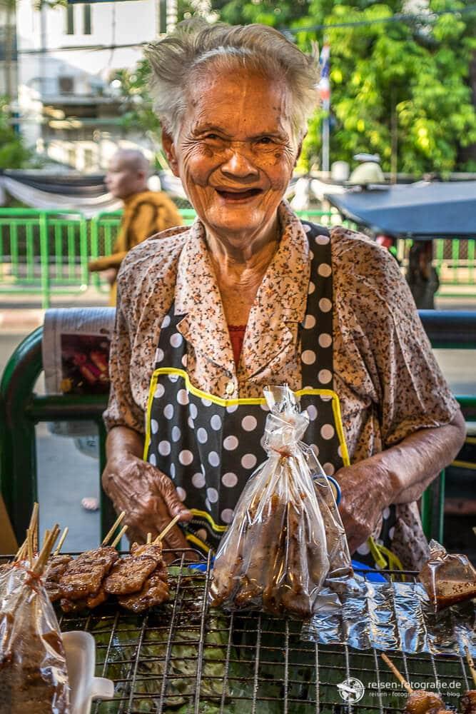 Marktfrau in Bangkok