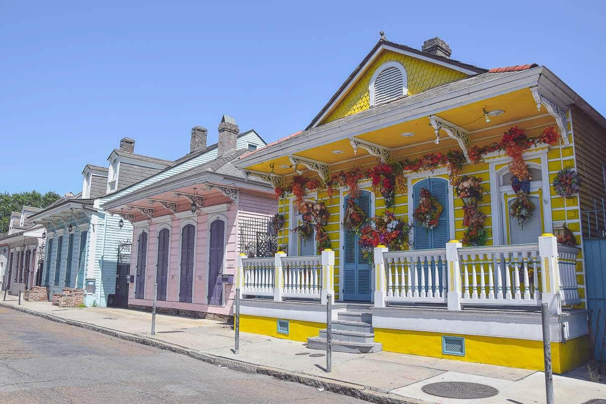 New Orleans - einfach zauberhaft mit seinen farbenfrohen Häuschen