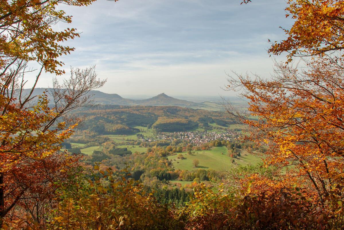 Heimatliebe: Wir lieben es, auf der Schwäbischen Alb und im Schwarzwald zu wandern. Wo könnte es im Herbst schöner sein?