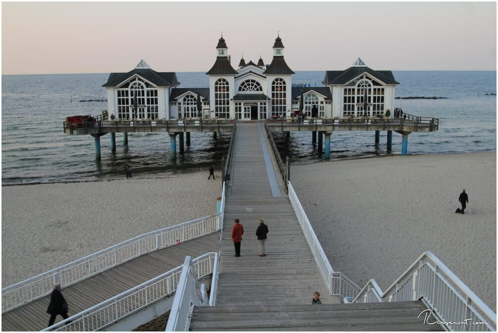 Die Seebrücke ist besonder zur Blue Hour und Golden Hour bei Fotografen recht beliebt