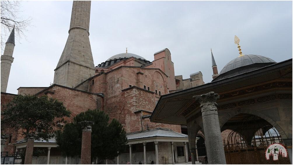 Zweiter Eindruck der Hagia Sophia von außen