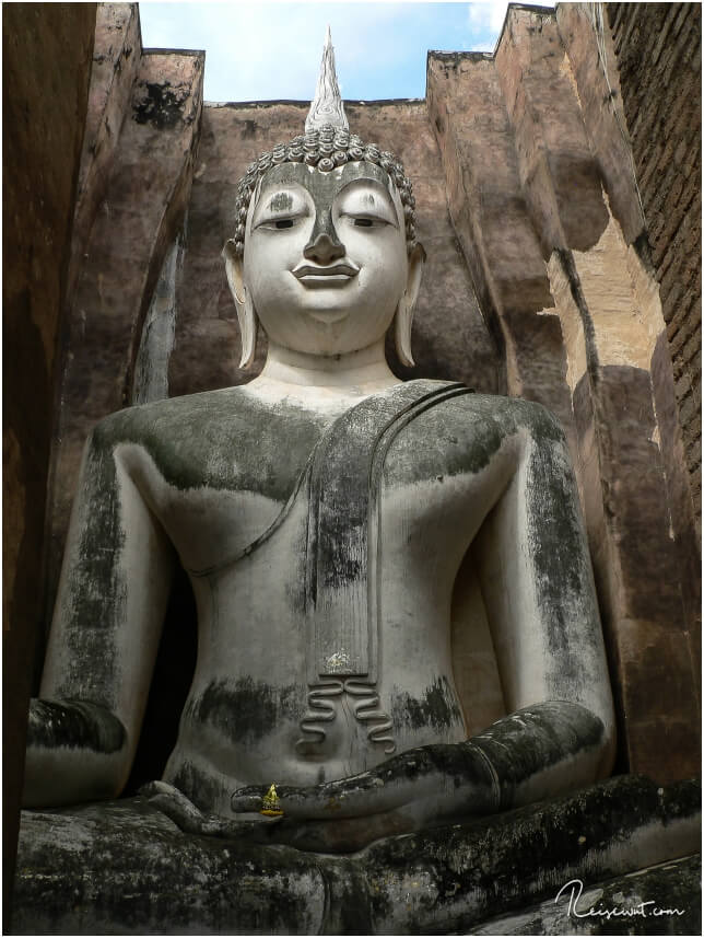 Phra Atchana im Wat Sri Chum