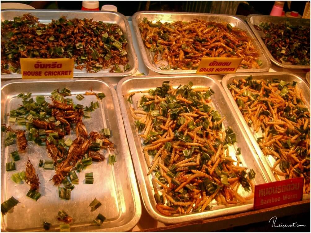 """Der Nachtmarkt in Chian Rai bietet jede Menge """"Köstlichkeiten"""""""